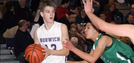 Norwich turns it up a notch in fourth quarter against Saints