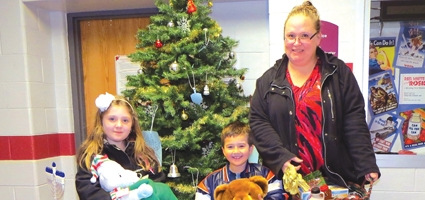 Santa's Secret Shoppe announces door prize winners and gives thanks to all