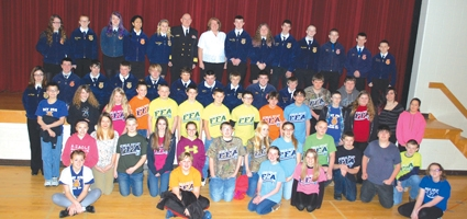 Navy admiral talks success to OV students