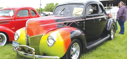 Rolling Antiquers, BID Cruise-In usher in Memorial Day Weekend