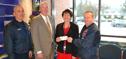 Firefighters Association gives to Norwich schools