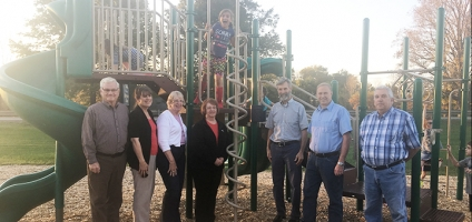 Oxford Lions Club Dedicate New Playground At Boname Park
