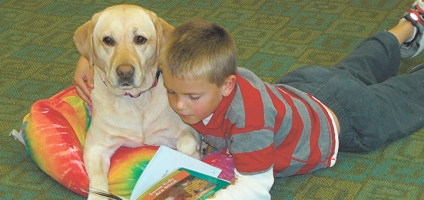 Norwich School celebrates 15 years with therapy dog