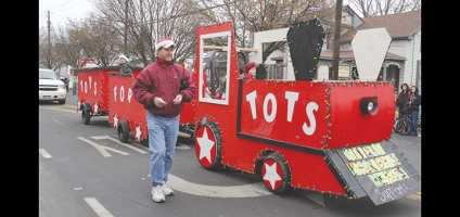 Toys for Tots Train to make yearly stop in Bainbridge on Saturday