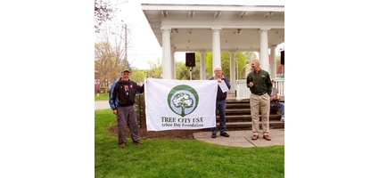 Oxford observes Arbor Day