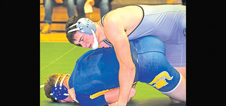 Greene-Oxford grapplers pin Maine-Endwell  on Senior Night, 55-27