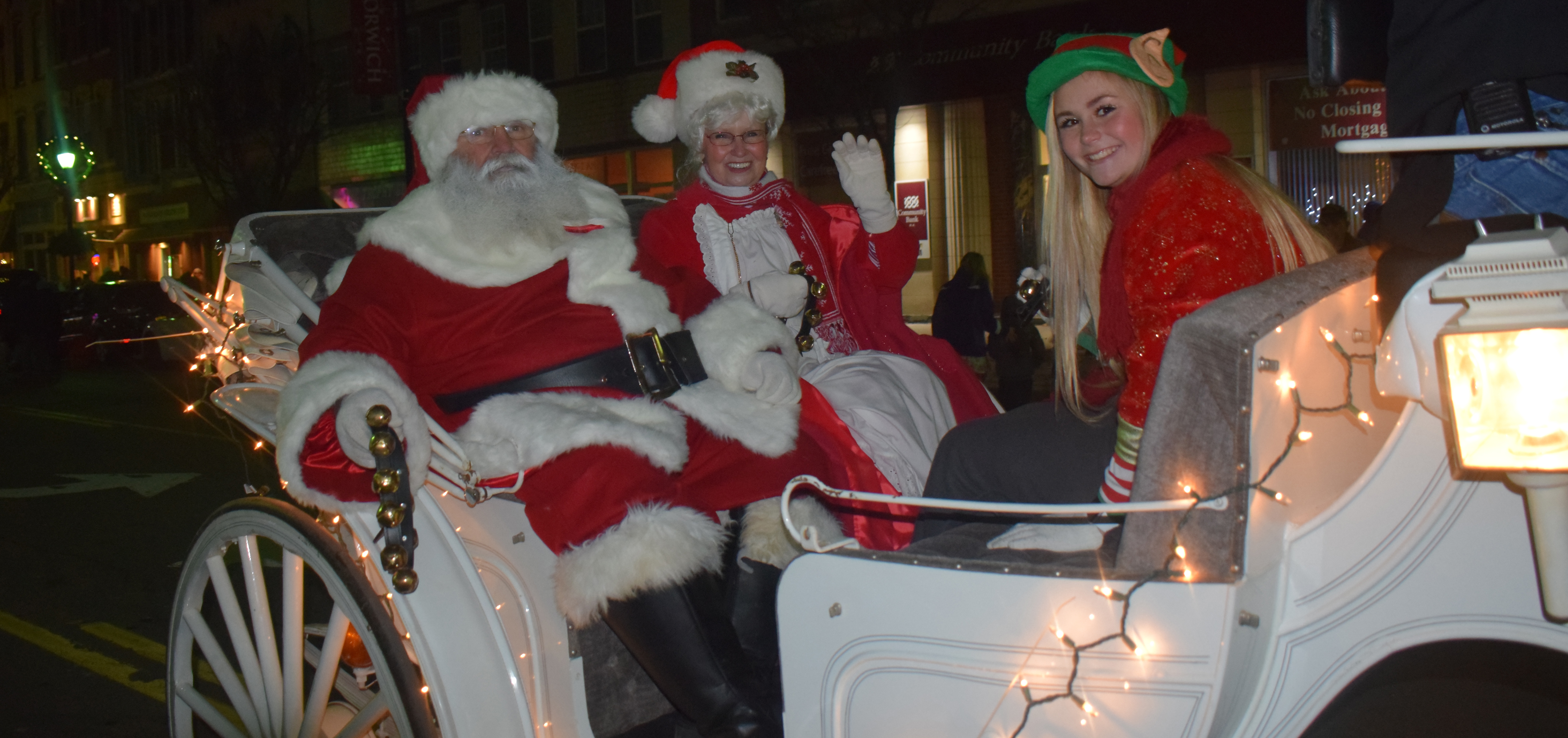 Norwich holds 25th Parade of Lights