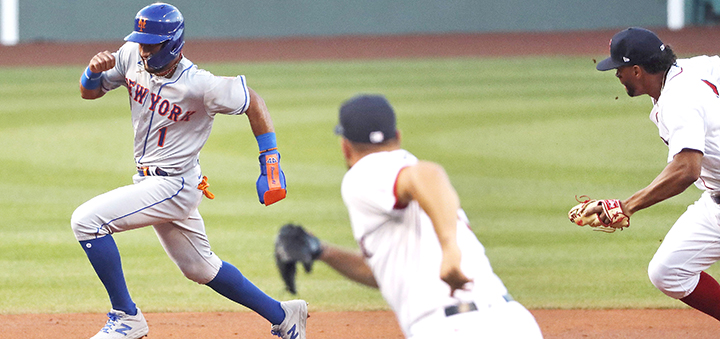 Conforto, Alonso, Smith homer for Mets to beat Red Sox 7-4